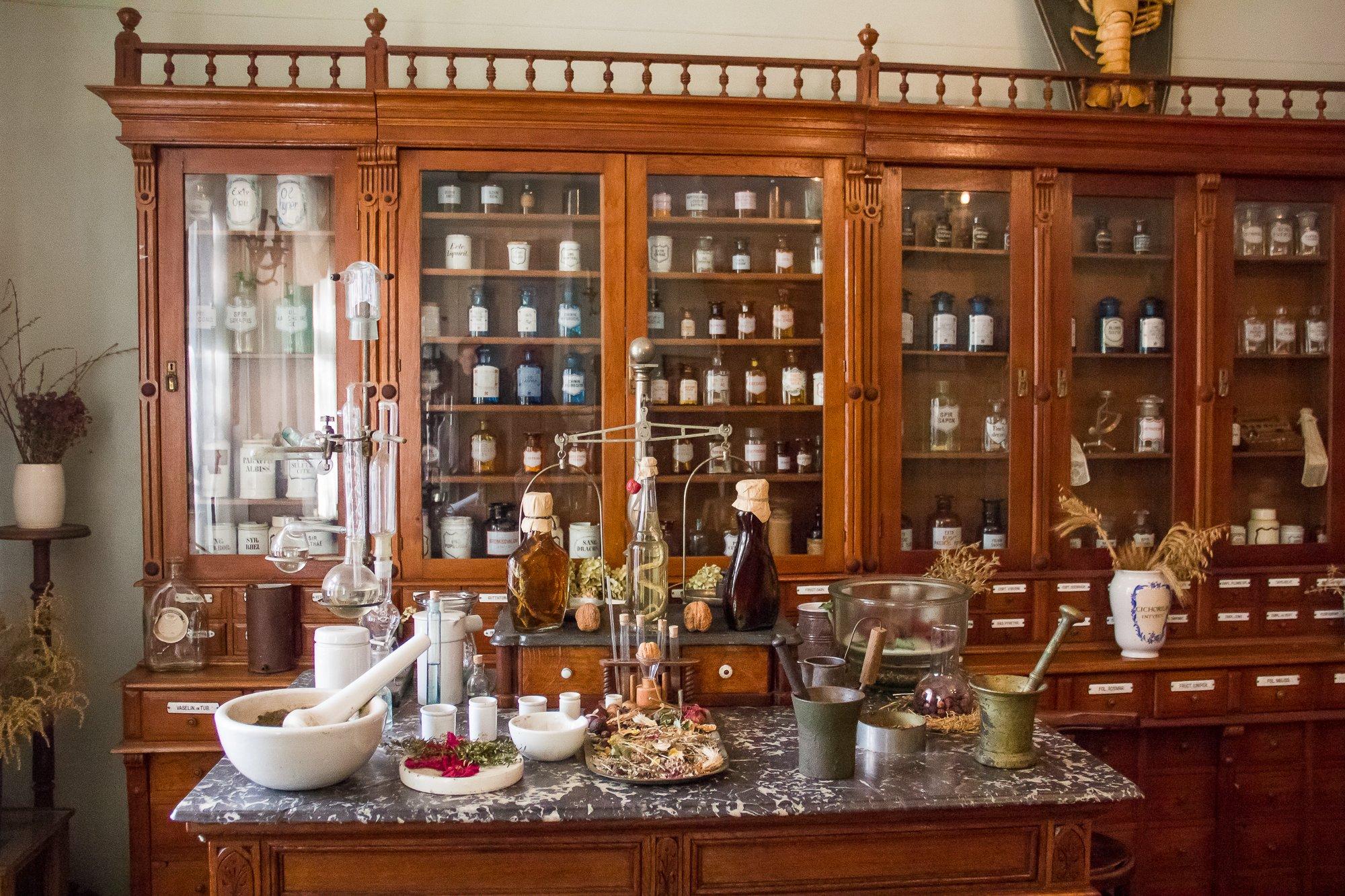 Музей-аптека — место, где оживает история