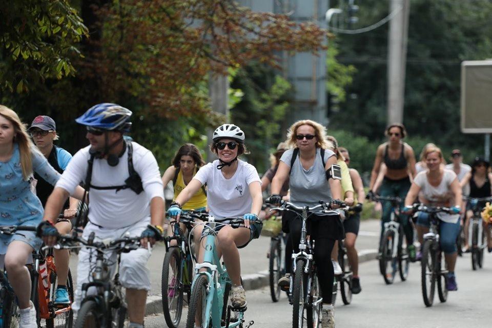 Два в одном: в Киеве устроят велосипедную экскурсию, которая закончится вечеринкой