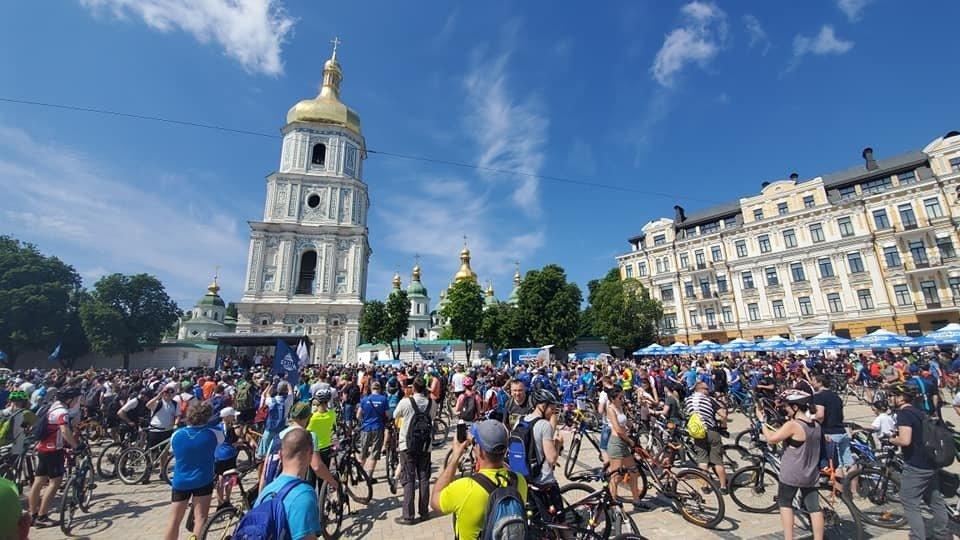 Для активных и спортивных: как в столице празднуют Всеукраинский велодень