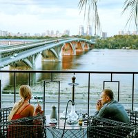 The most picturesque terraces of Kiev: 10 summer playgrounds that are worth visiting