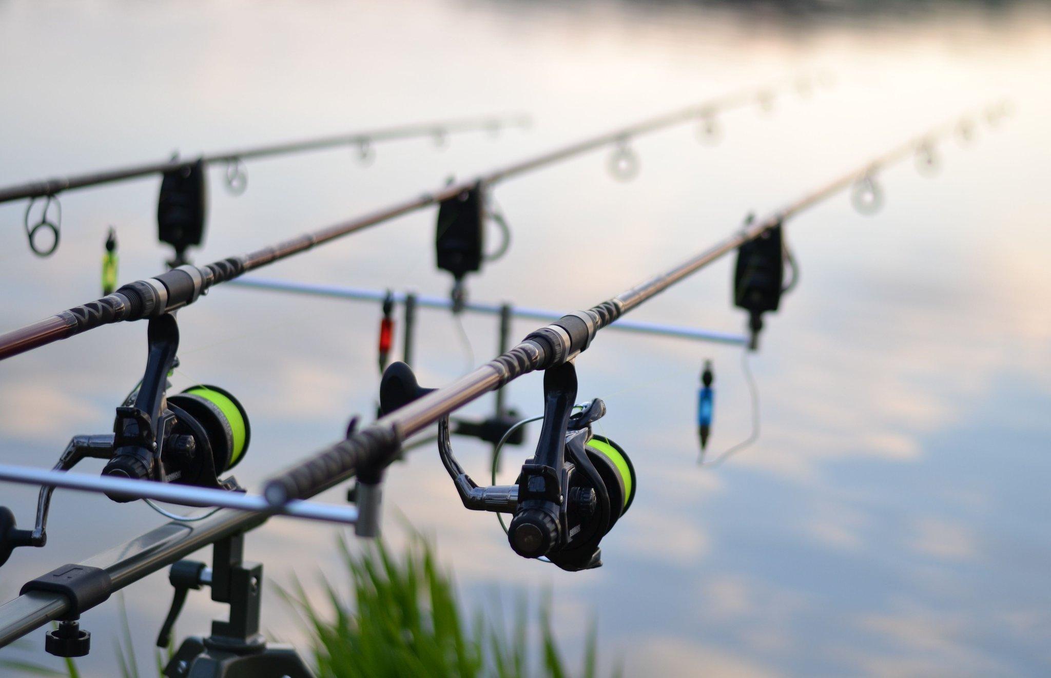 Рыбалка под Киевом: ТОП бесплатных и платных рыболовных мест