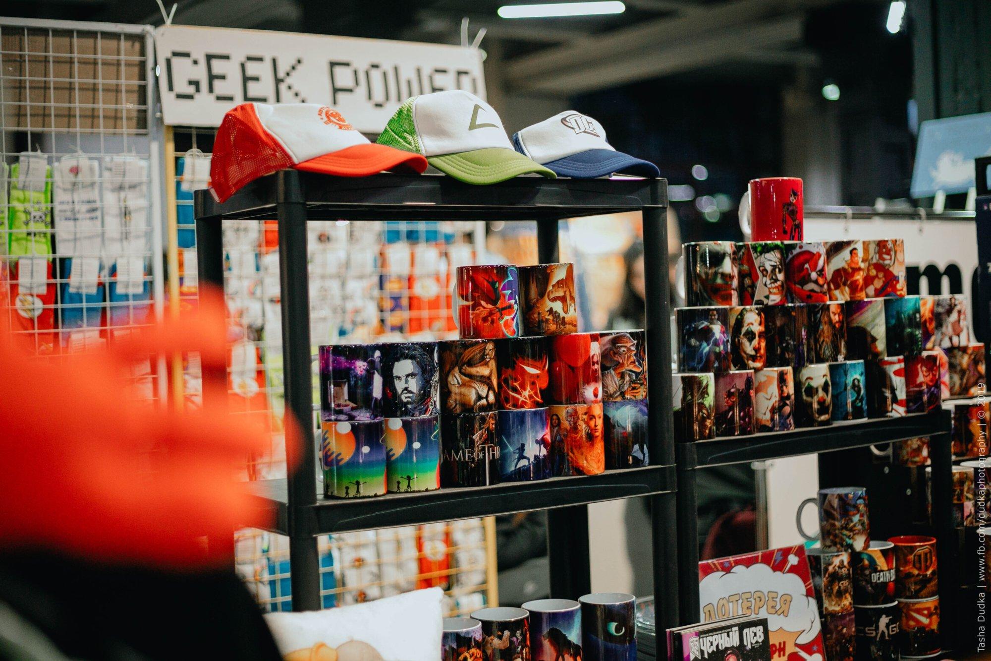 10 вещей маркета Comic Con Ukraine 2021, на которые стоит обратить внимание